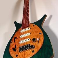 guitar148bodyfrntdtl4