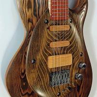guitar105bodyfrntdtl1