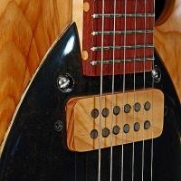 guitar96bodyfrntdtl3