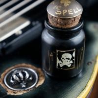 Scala-Black-Spell-Bottle-1