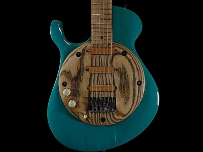 Malinoski-92-guitar