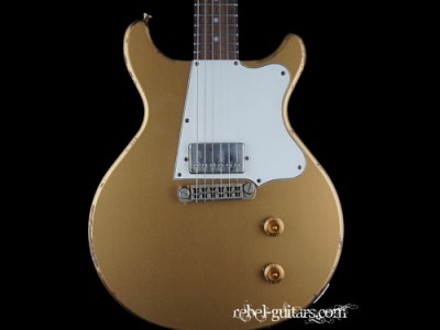 rock-n-roll-relic-dc-guitar-gold