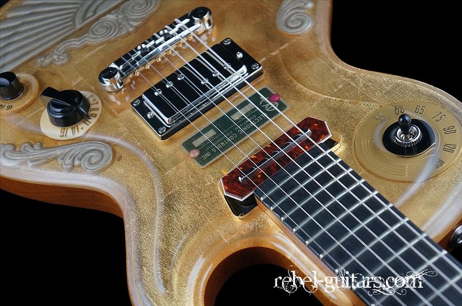 Spalt-Guitar-Goldtop-Deco-7