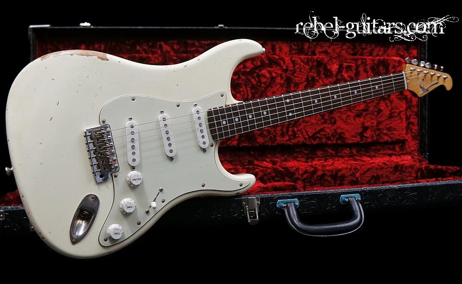 Scala-Guitar-Backbone-White