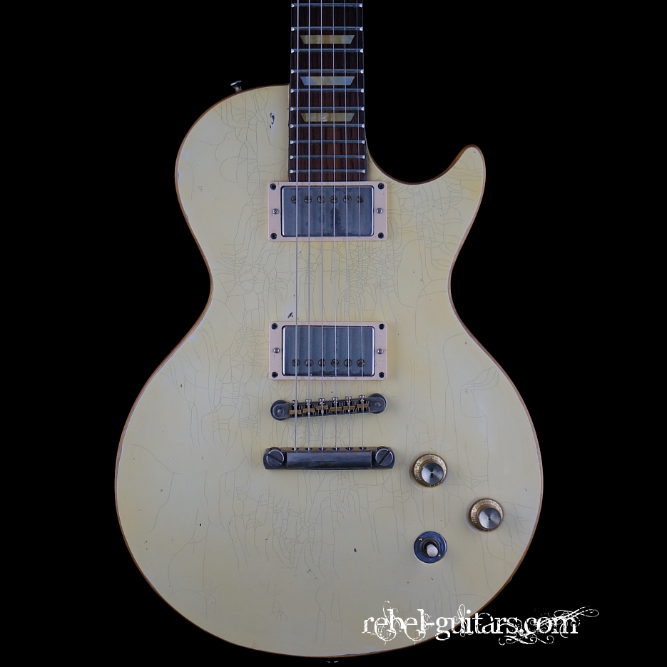 Scala-guitar-Underdog-White