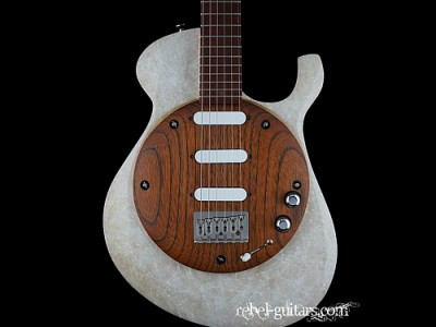 Malinoski-Guitars-Moon-84