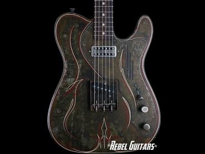 Trussart-Pinstripe-Guitar-Steelcaster