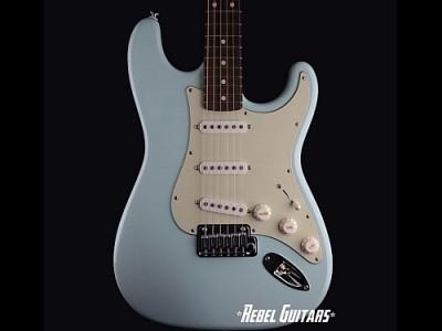 Suhr-Classic-Sonic-Blue-guitar