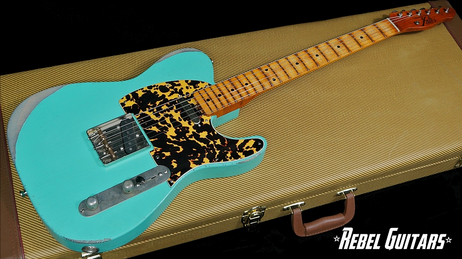Palir-Model-T-Seafoam-Guitar