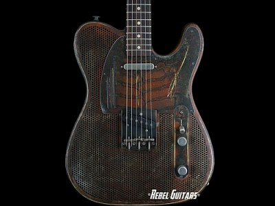 james-trussart-rust-pinstripe-steelcaster-guitar