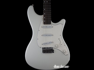john-page-guitar-ashburn-white