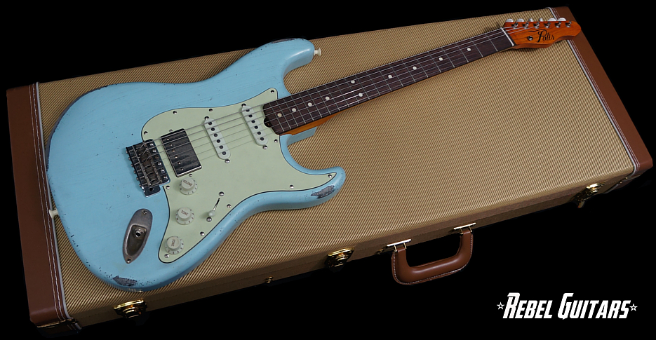 palir-guitars-stinger-blue
