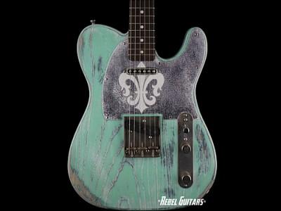 palir-titan-guitar