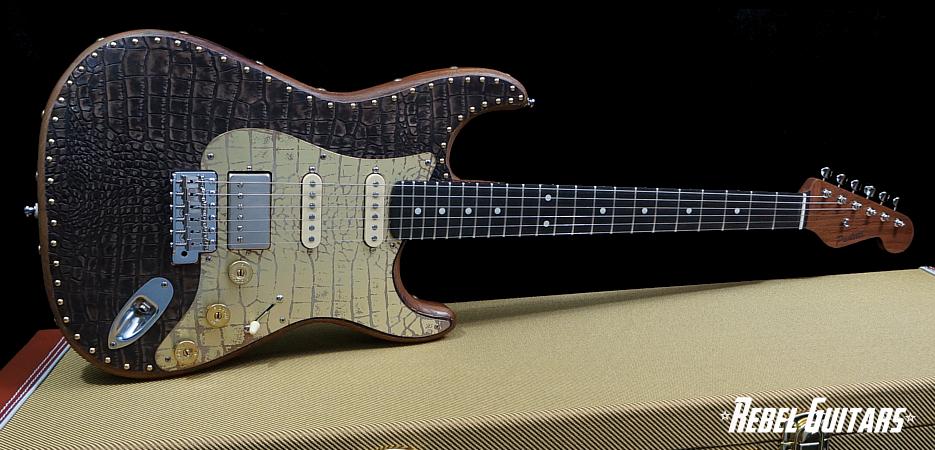 paoletti-croc-guitar-s