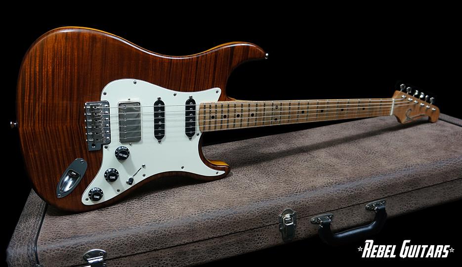 scala-flameheart-tiger-eye-guitar