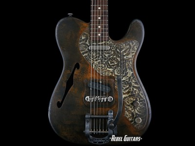 james-trussart-roses-deluxe-steelcaster