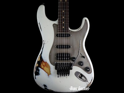 luxxtone-guitars-choppa-s-white