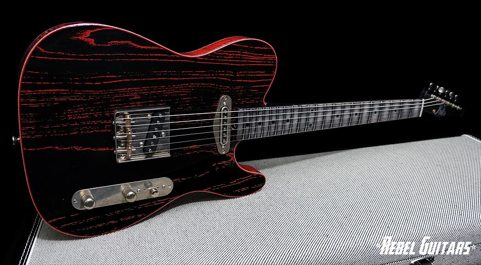 palir-black-over-red-titan-935