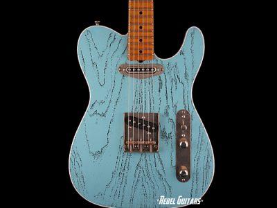 palir-guitars-titan-daphne-blue