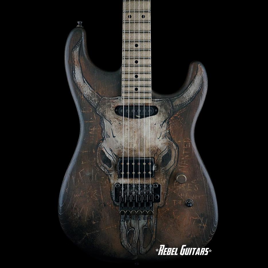 luxxtone-guitar-steerhead