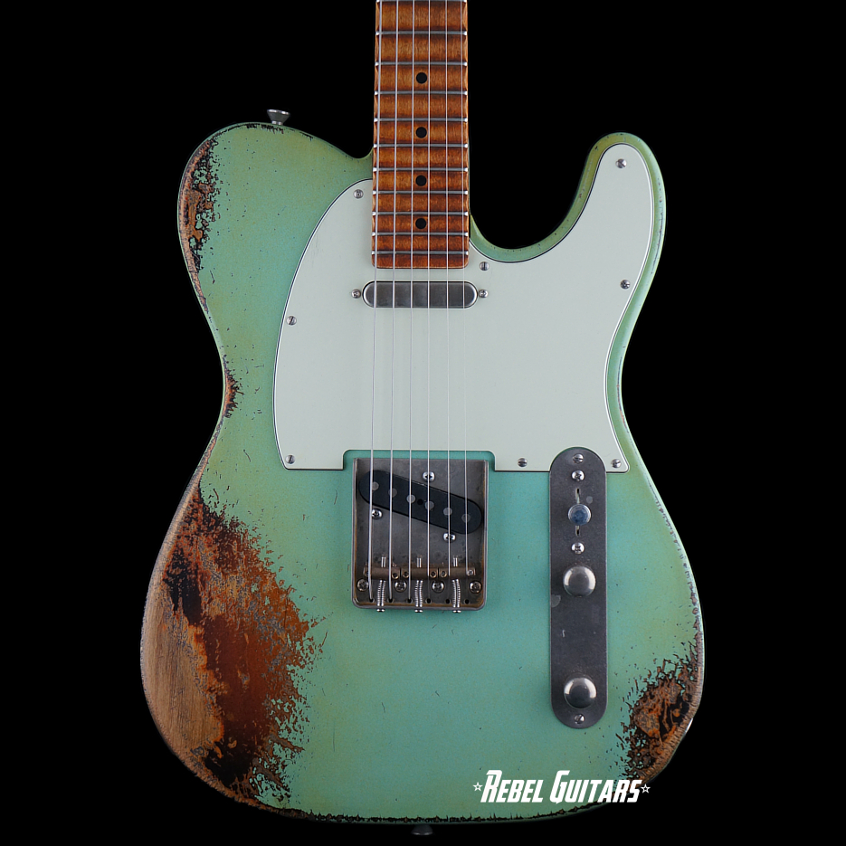 palir-guitar-sonic-blue-over-sb-titan