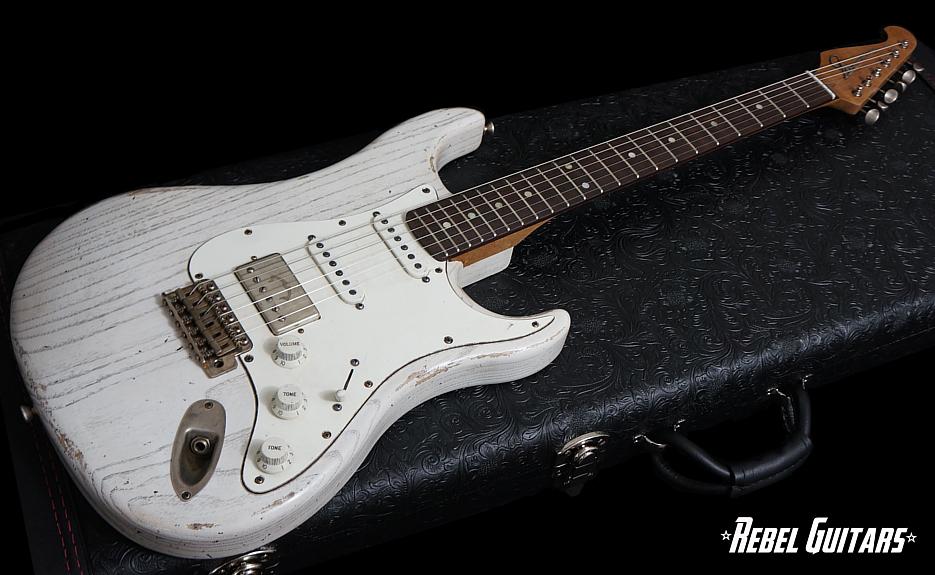 scala-backbone-white-wash-935-guitar