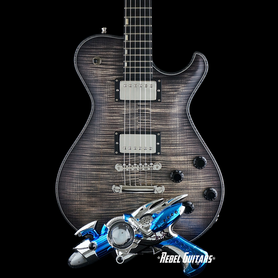knaggs-ssc-guitar-blackburst-ray-gun-1