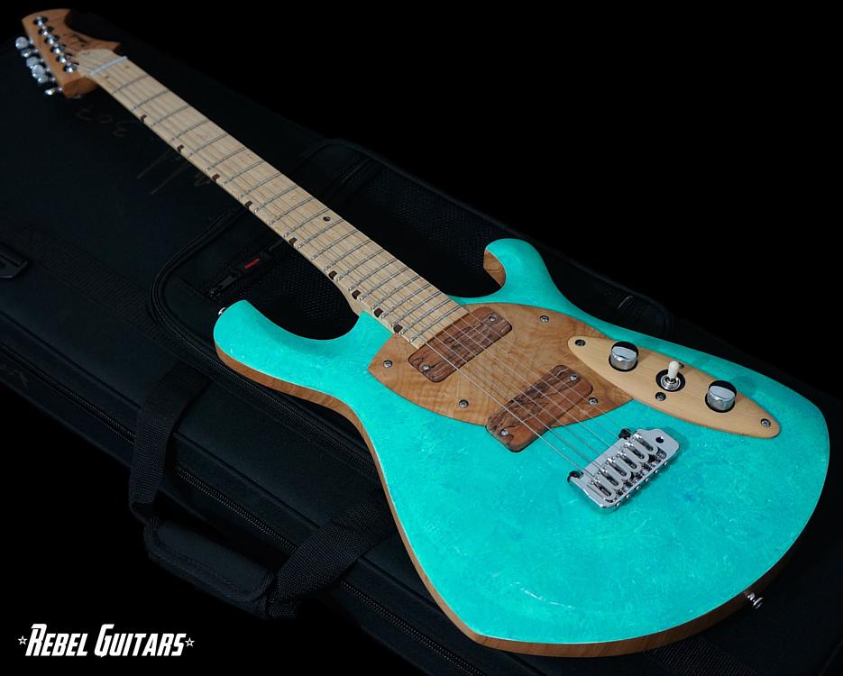 malinoski-guitars-cosmic-307