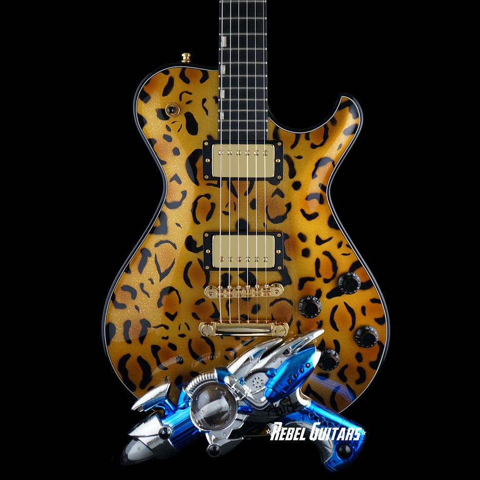 knaggs-ssc-leopard-guitar-ray-gun