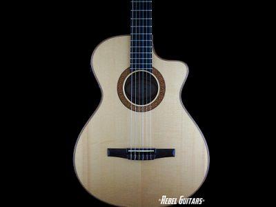taylor-guitar-nylon
