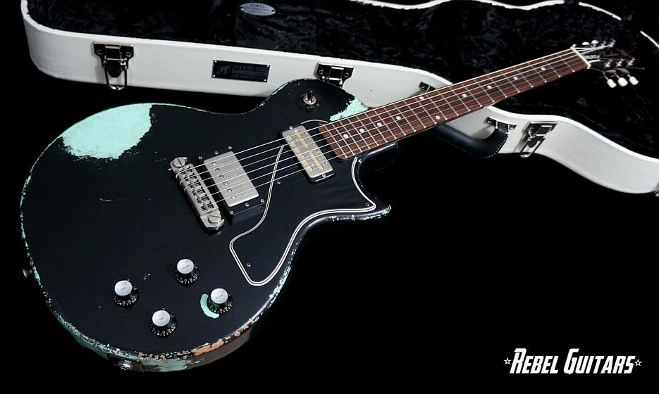 rnr-relics-guitar-black-over-surf-2