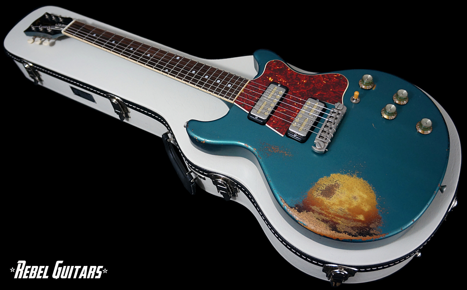 rock-n-roll-relics-guitars-thunders-ocean-turqouise-over-burst-1