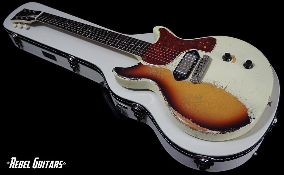 rock-n-roll-relics-thunders-white-over-burst-935