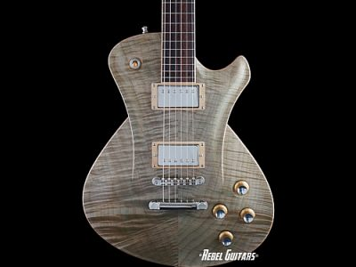 hartung-guitars-faded-green-thumb
