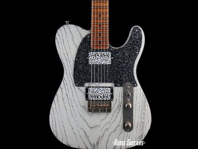 palir-guitar-titan-white-red