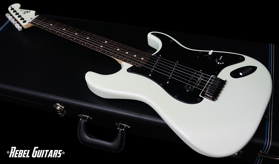 charvel-jake-e-lee-935-1