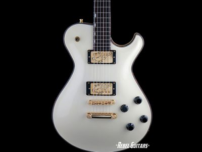 knaggs-creme-ss2-21