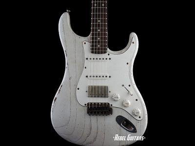 scala-guitars-white-backbone-thumb