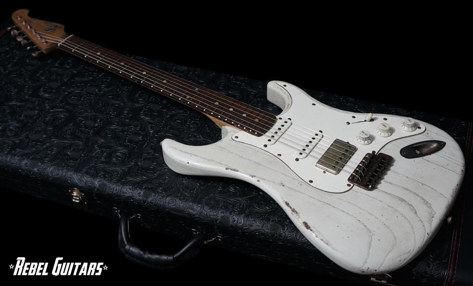 scala-white-wash-backbone-guitar-935-1