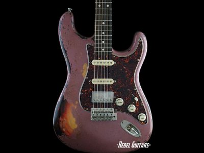 rnr-relics-guitar-blackmore-burgundy