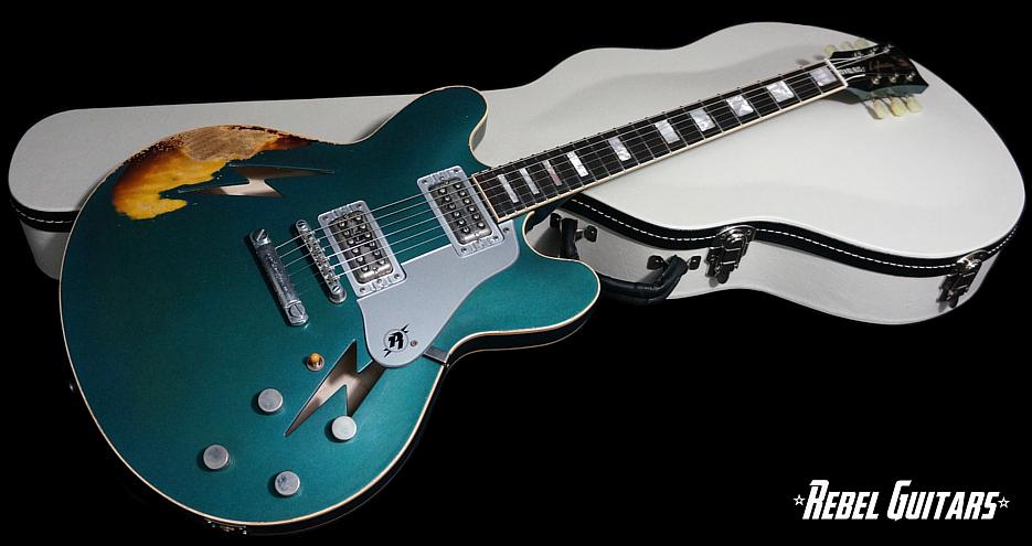 rnr-relics-lightning-guitar-ocean-turquoise-935