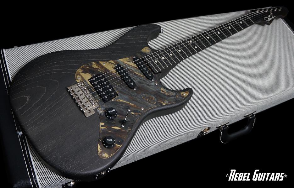 eggle-guitar-96-black-bog-oak-935-2